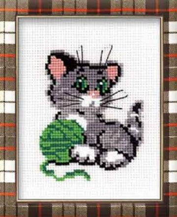 KITTEN WITH BALL Cross Stitch Kit from Riolis.